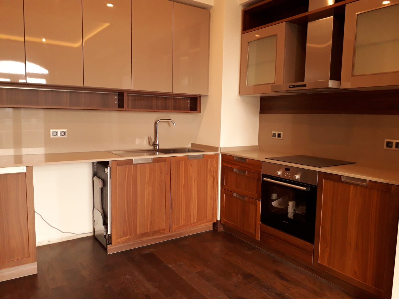 BRAND NEW APARTMENT IN ISTANBUL FOR SALE CLOSE TO TAKSIM