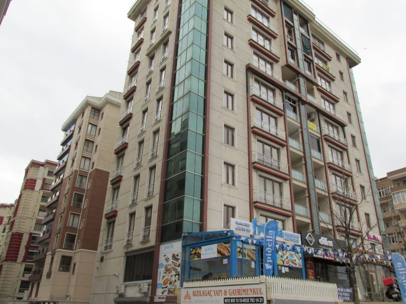 Ready To Move in Apartment For Sale in Istanbul Beylikduzu